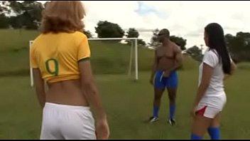 Brasileira da bundas boa faz sexo em ritmo de copa