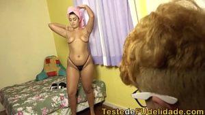 Fazendo sexo com a novinha do peitao