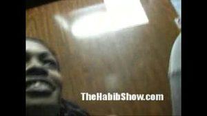 Negra mulher gostosa pelada em foda com um cara