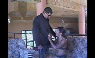 Cara comendo a vizinha gostosa que adora sexo
