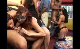 Putaria e suruba com esposas Brasileiras safadas